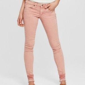 Womens Pink Mid-Rise Frayed Hem Skinny Jean